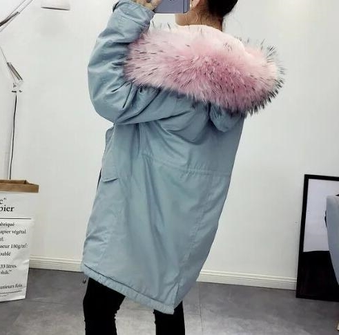 49.99$  Buy here - http://alix66.worldwells.pw/go.php?t=32773727462 - 2016 Autumn new woman fashion Parkas with pink faux fur hood Fleece lining loose coat with pockets