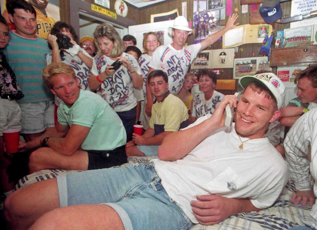 Our 17 favorite NFL Draft Day photos of yesteryear  a891a4036