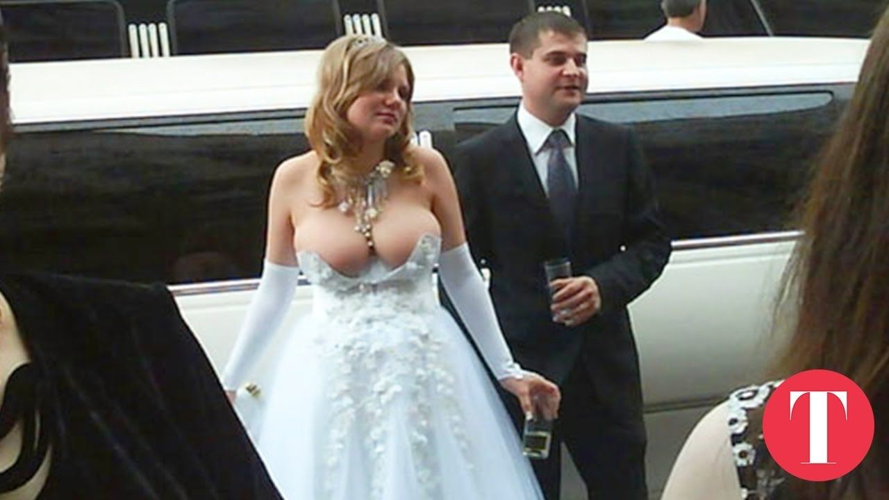 15 Of The Worlds Ugliest Wedding Dresses Ever  Ugly -9746