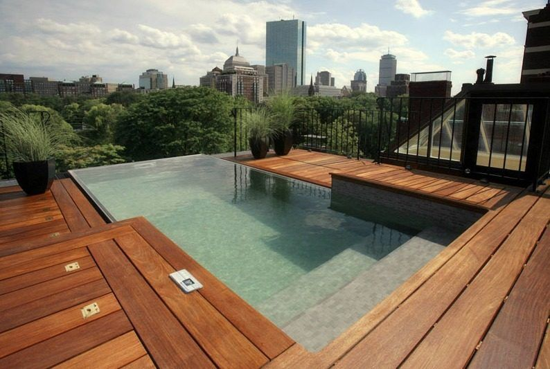 Five Cool Roof Decks To Brave The Coming Heat Wave Amazing Swimming Pools Rooftop Pool Wood Pool Deck