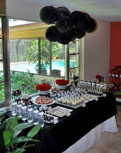 A Black Color Theme At 50th Birthday Party Is The Perfect Way To Celebrate Over Hill See More Themes And Ideas