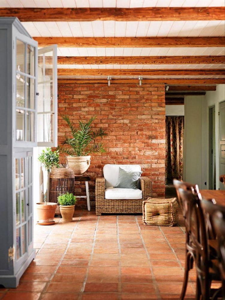 Welche Wandfarbe zu Terracotta Fliesen? – Praktische ...