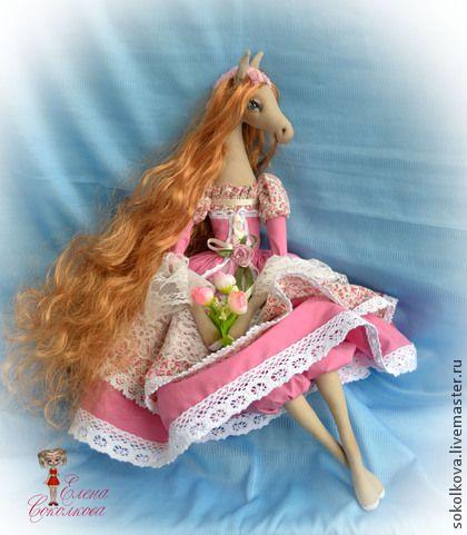 Коллекционные куклы ручной работы. Ярмарка Мастеров - ручная работа Марта.( По мотивам.)Текстильная лошадка. Handmade.