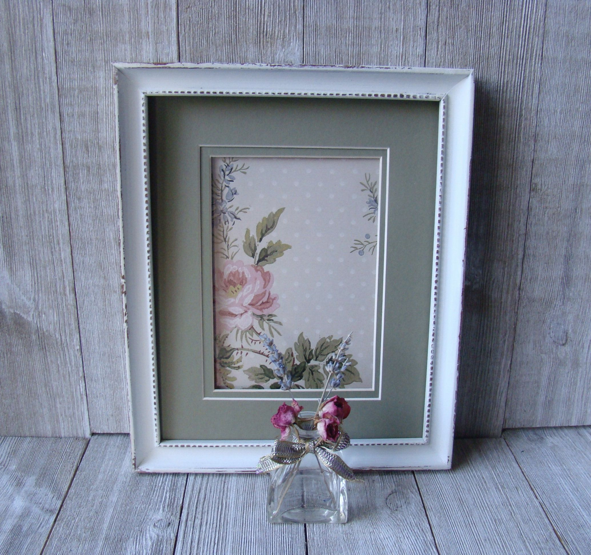 Distressed 8 X 10 Ornate White Picture Frame With Double 5 X 7 Etsy In 2020 White Picture Frames Picture Frames White Picture