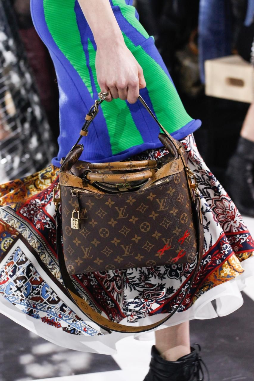 Bag Louis Vuitton Fall 2017 Monogram As Seen On Taylor Swift