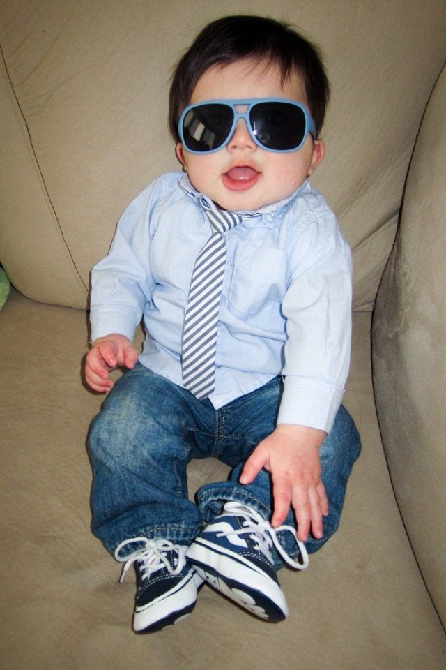 kleidung baby junge coole sonnenbrillen jeans hemd krawatte baby pinterest babies. Black Bedroom Furniture Sets. Home Design Ideas