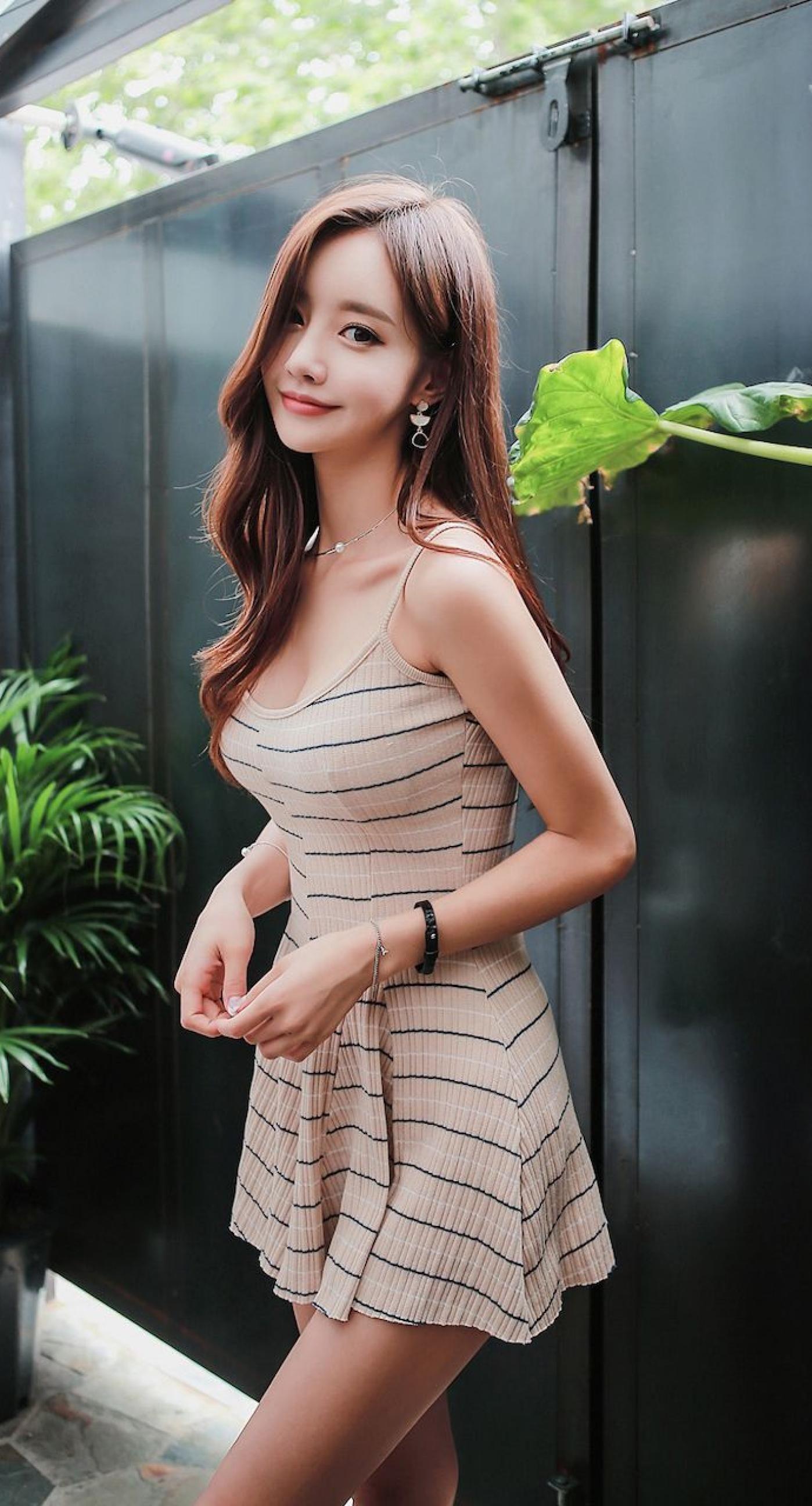 もっと見たい!韓国モデル?允珠(son youn ju)の可愛い画像 | 美人