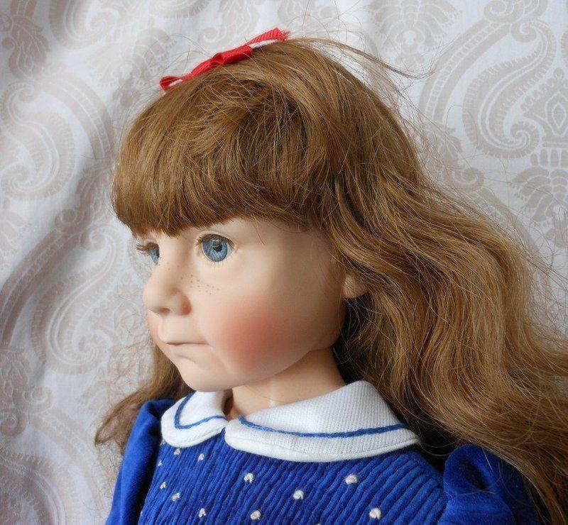 """Julie Good-Kruger Vinyl Artist Doll """"Love Me"""" - Lynette Gross Antique Dolls, LLC #dollshopsunited"""