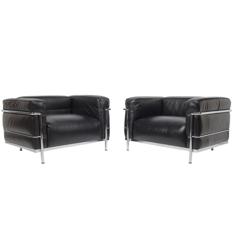 Pair Of Lc 3 Grand Confort Chairs By Le Corbusier Corbusier Furniture Le Corbusier Chair