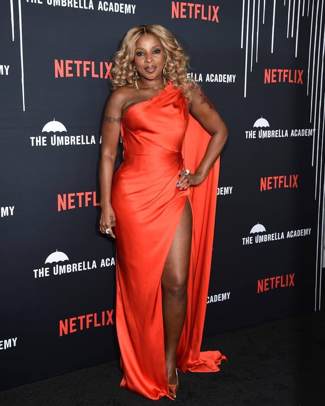 Mary J. Blige Photostream | Celebrity black dress