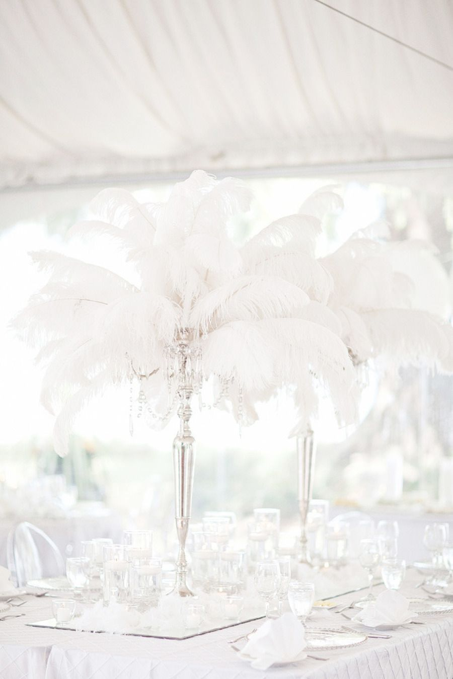 Trending: Feather Wedding Details That Soar New Stylish Heights ...