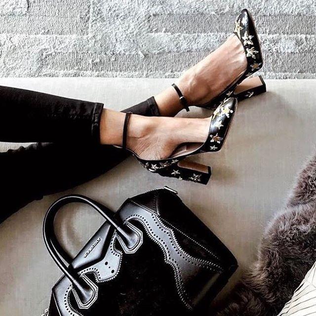 d9c4605ec34d9 Épinglé par Ju sur Chaussures