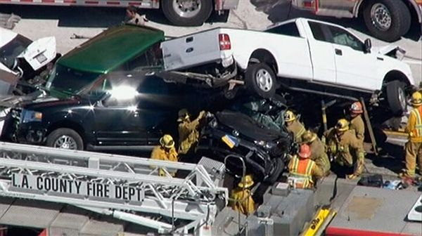 Los Angeles Car Accident: Over 19 Cars Piled Up Accident In Los