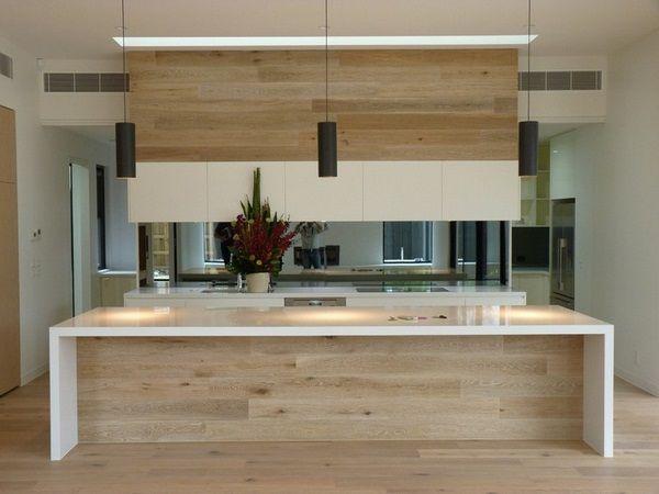 Modern kitchens oak fronts kuecheninsel white countertop mirror