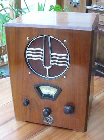 tsf radio ducretet c50 antique radios ancienne antique radios pinterest antique radio. Black Bedroom Furniture Sets. Home Design Ideas