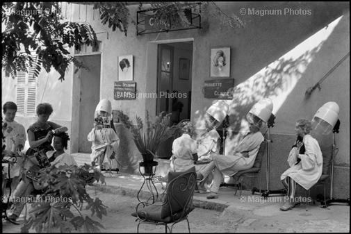 1952 St Tropez Cartier Bresson