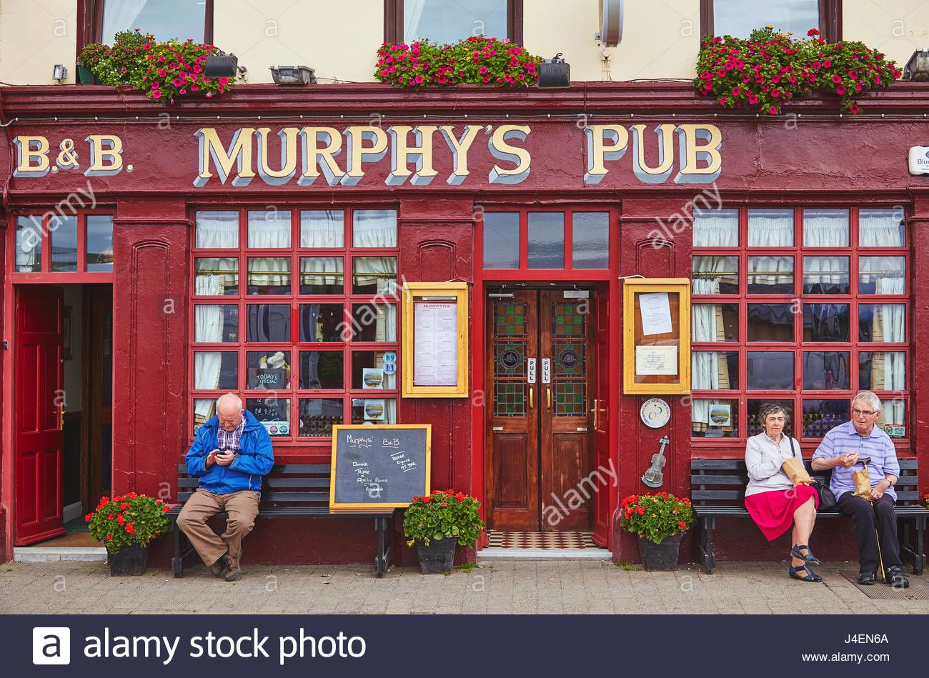 Pin By Mark Silverman On Pubs In 2020 Pub Stock Photos Republic Of Ireland