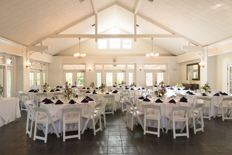 Wedding Talk Margaret Ben Wedding Venue Locations Christmas Bride Table Decorations