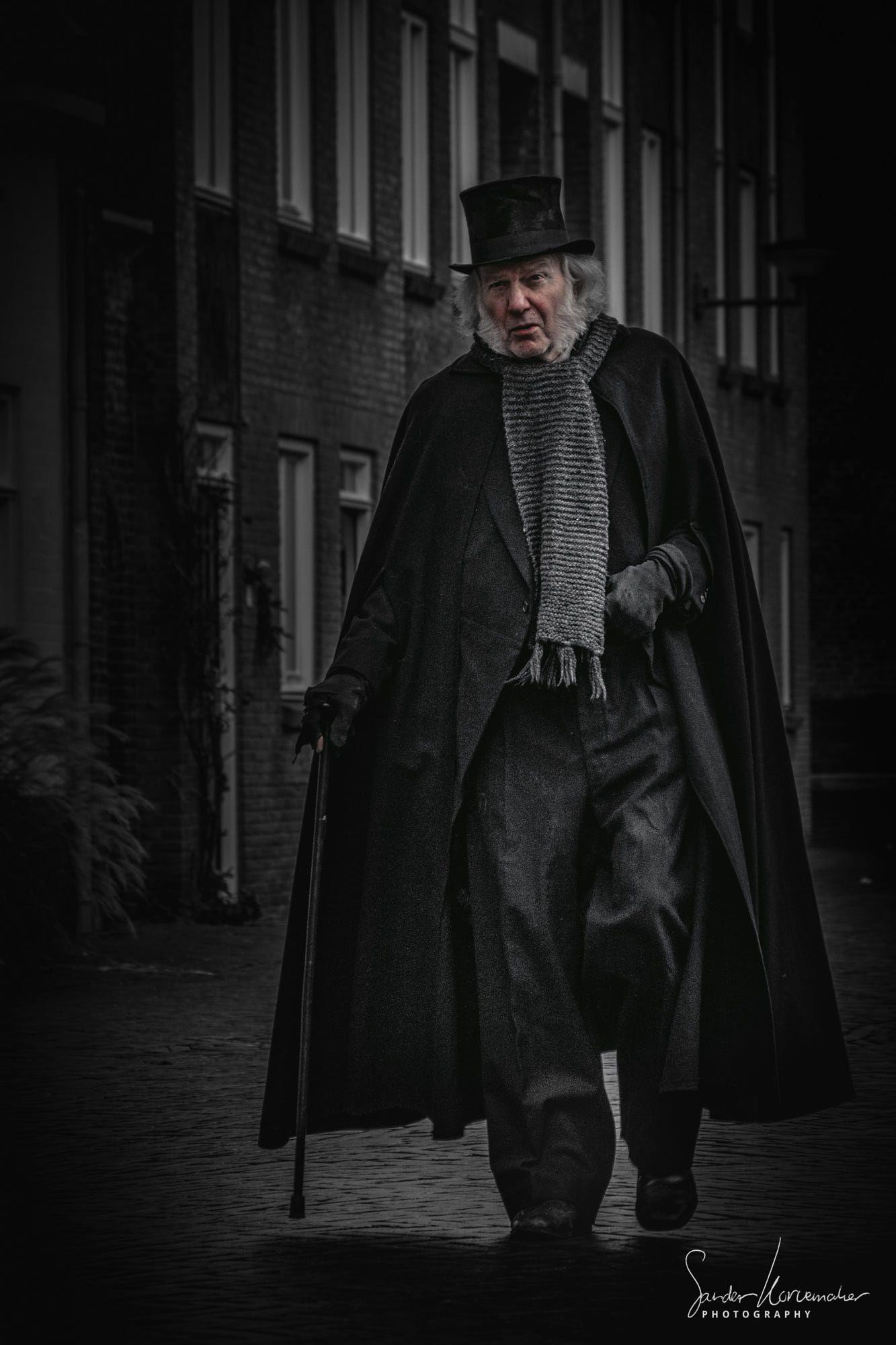 Ebenezer Scrooge | dark lights | Pinterest | Ebenezer scrooge ...