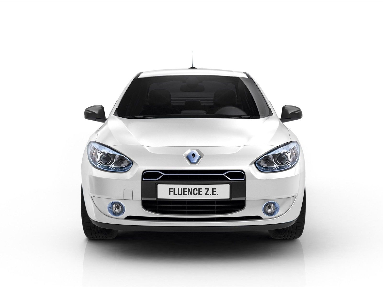 renault fluence ze hd wallpaper http 1sthdwallpapers com renault rh pinterest com car rental manual transmission toronto car rental manual transmission vancouver