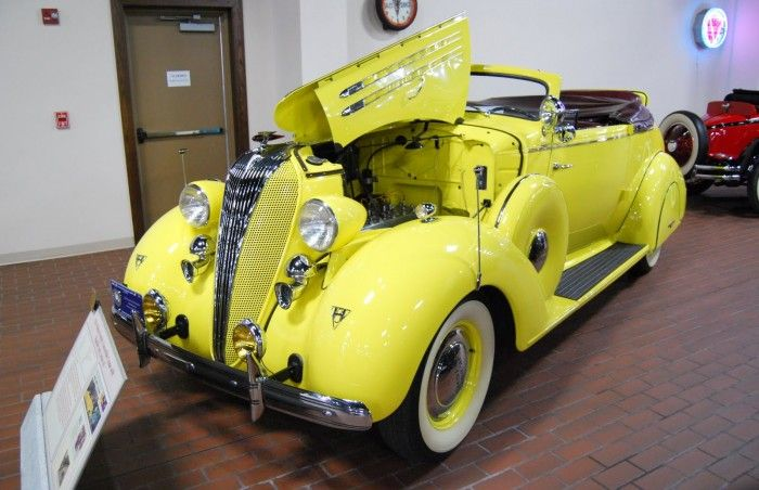 1936 Hudson convertible coupe Series 65