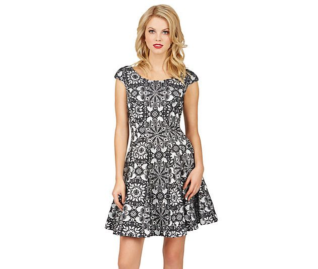 MIRROR IMAGE FLORAL DRESS: Betsey Johnson