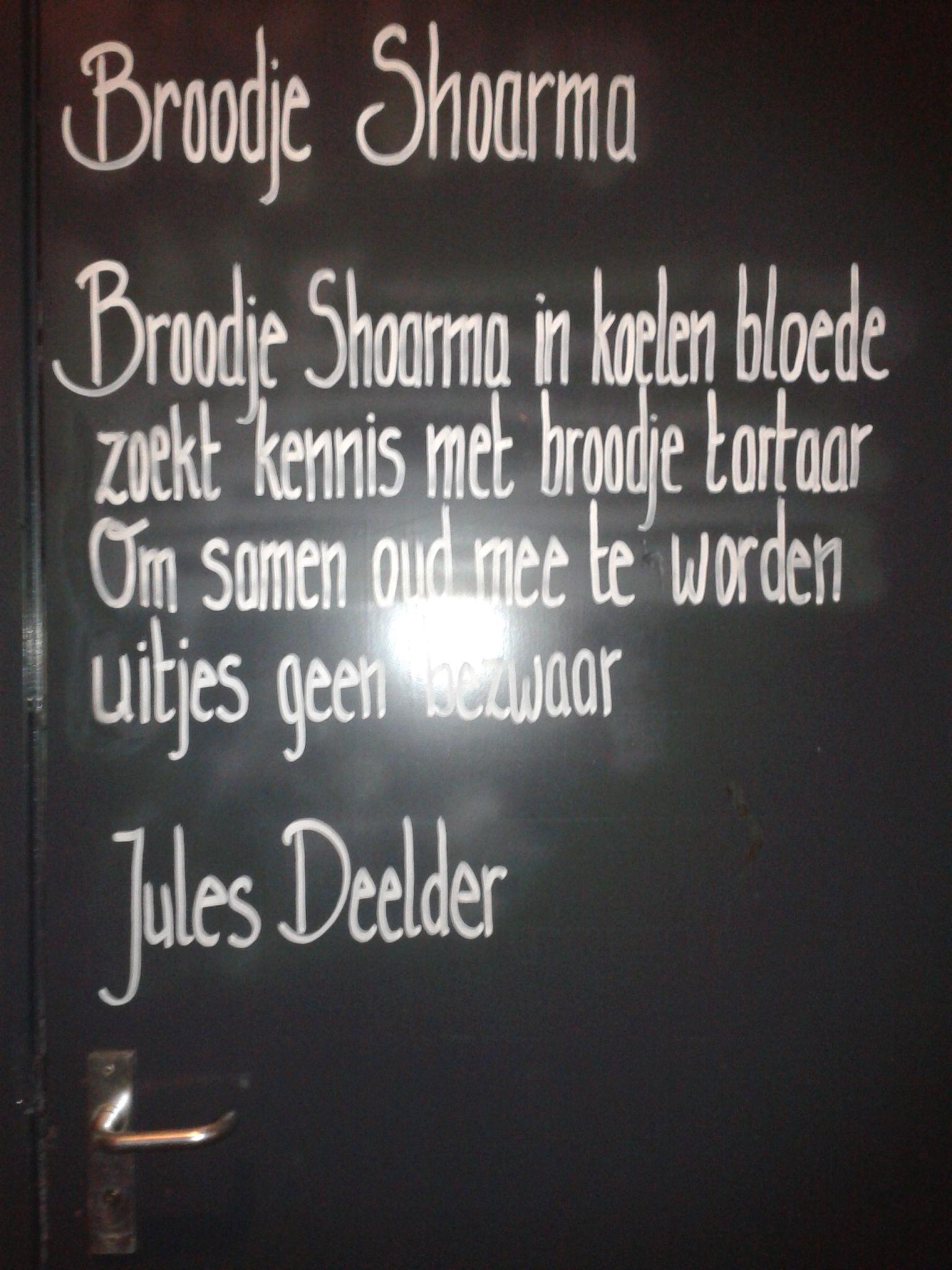 Jules Deelder Muurgedicht Enschede Gedichten Citaten En