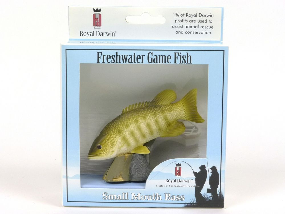 Wildlife Figurine By Royal Darwin Small Mouth Bass Collectible Animal Figure 105