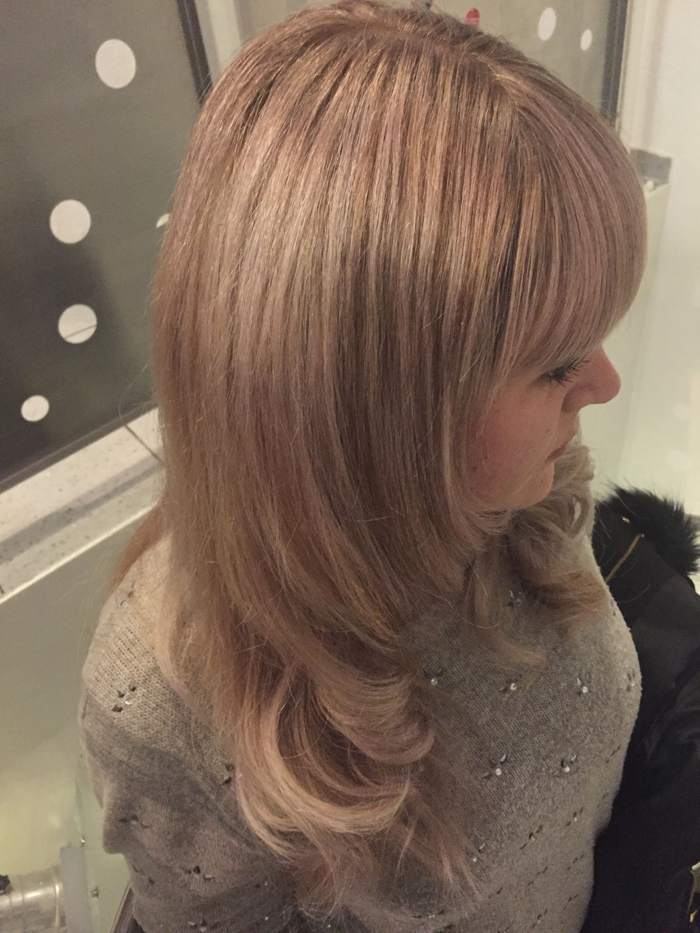 Kuhles Irisierendes Blond Gestrahnt Katci Hair Color Frisuren