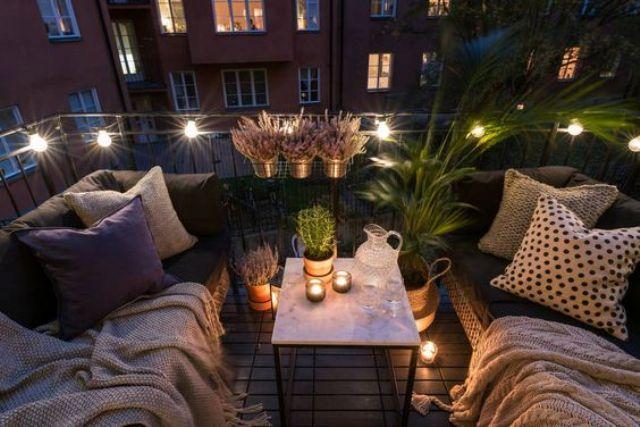 15 Gemütliche Und Einladende Balkon Schlafen Nook Ideen | Diyundhaus.com #smallbalconydecor