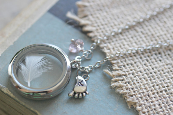 New Mom Jewelry, Mom Necklace, Baby Keepsake, Baby Boy Gift, Baby Girl Gift, Infant loss jewelry Loss of Baby, Lock of Hair Keepsake Locket