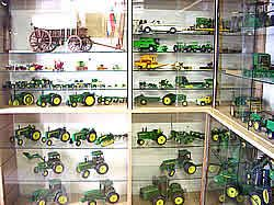 Pin 27. Advocate- john deere collection  480552d45