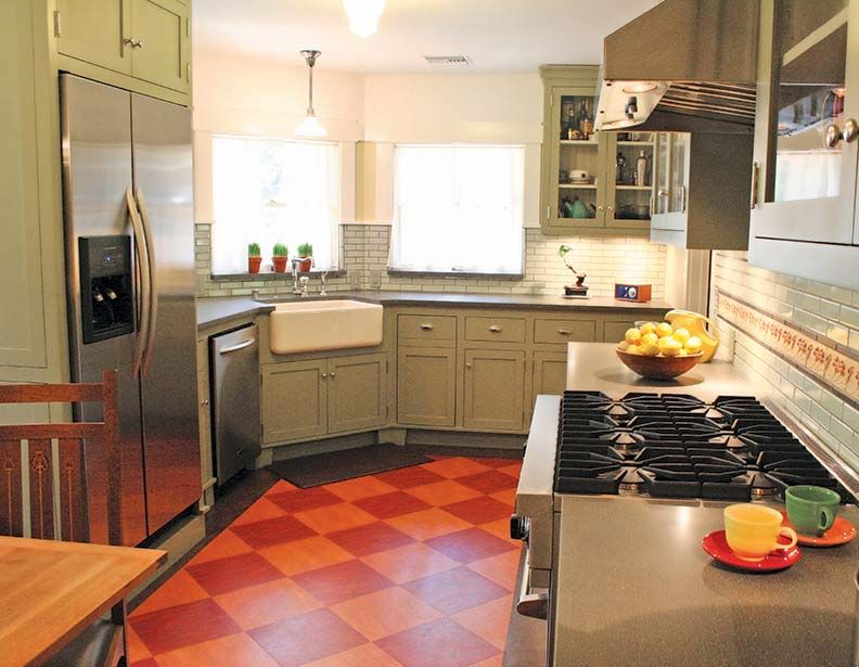 The Best Flooring Choices For Old House Kitchens Kitchen Flooring Ideas Inexpensive Kitchen Flooring Linoleum Kitchen Floors