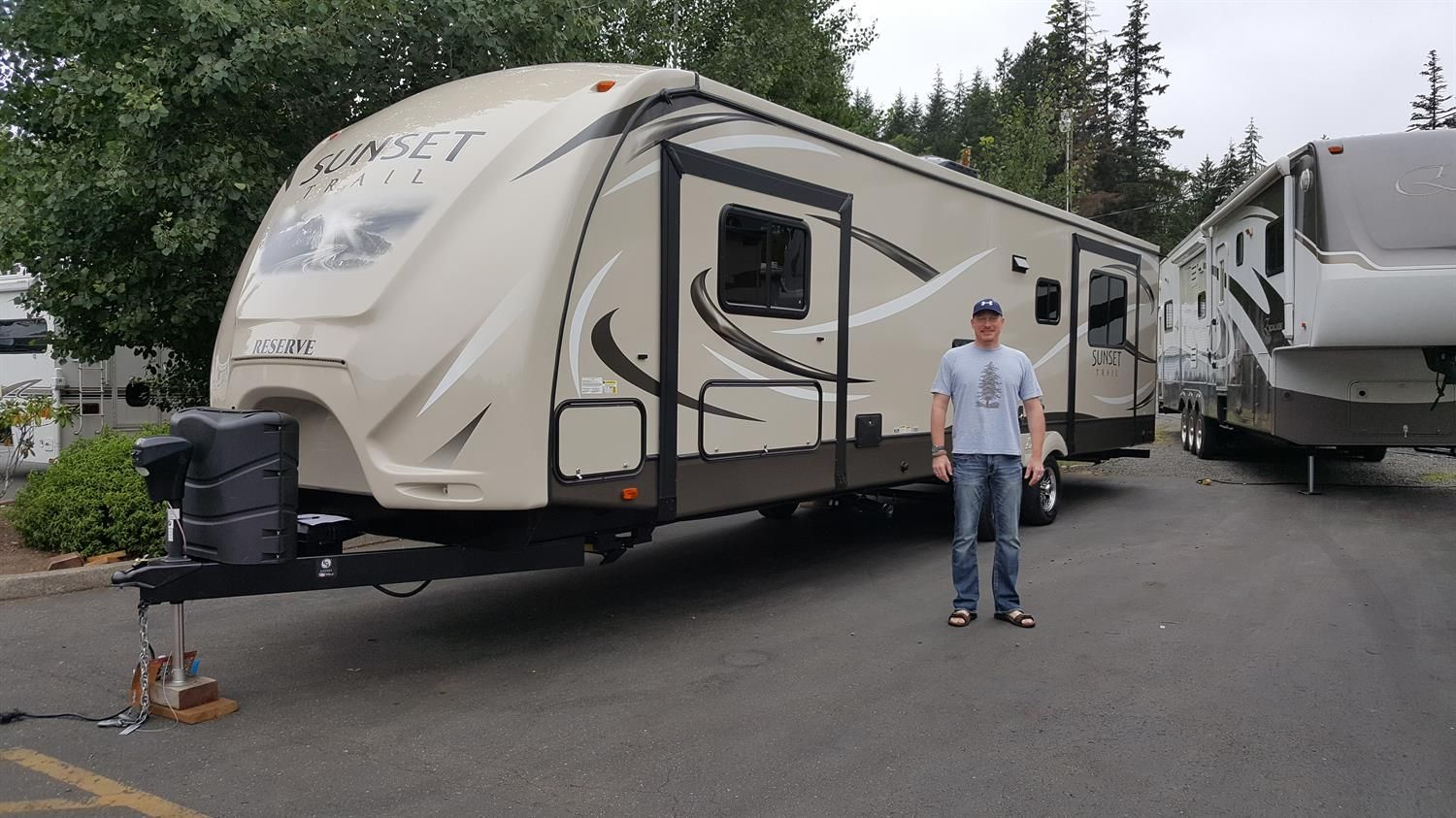 RON's new 2016 Sunset Trailer 32RE! Congratulations and best wishes from Clear Creek RV Center and Ted Strong.