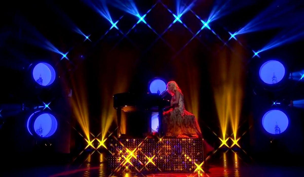 AMAZING light look - American Idol. Great Chasing Platform