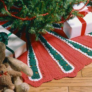 Skirting The Christmas Tree Crochet a Christmas Tree Skirt | Tree ...