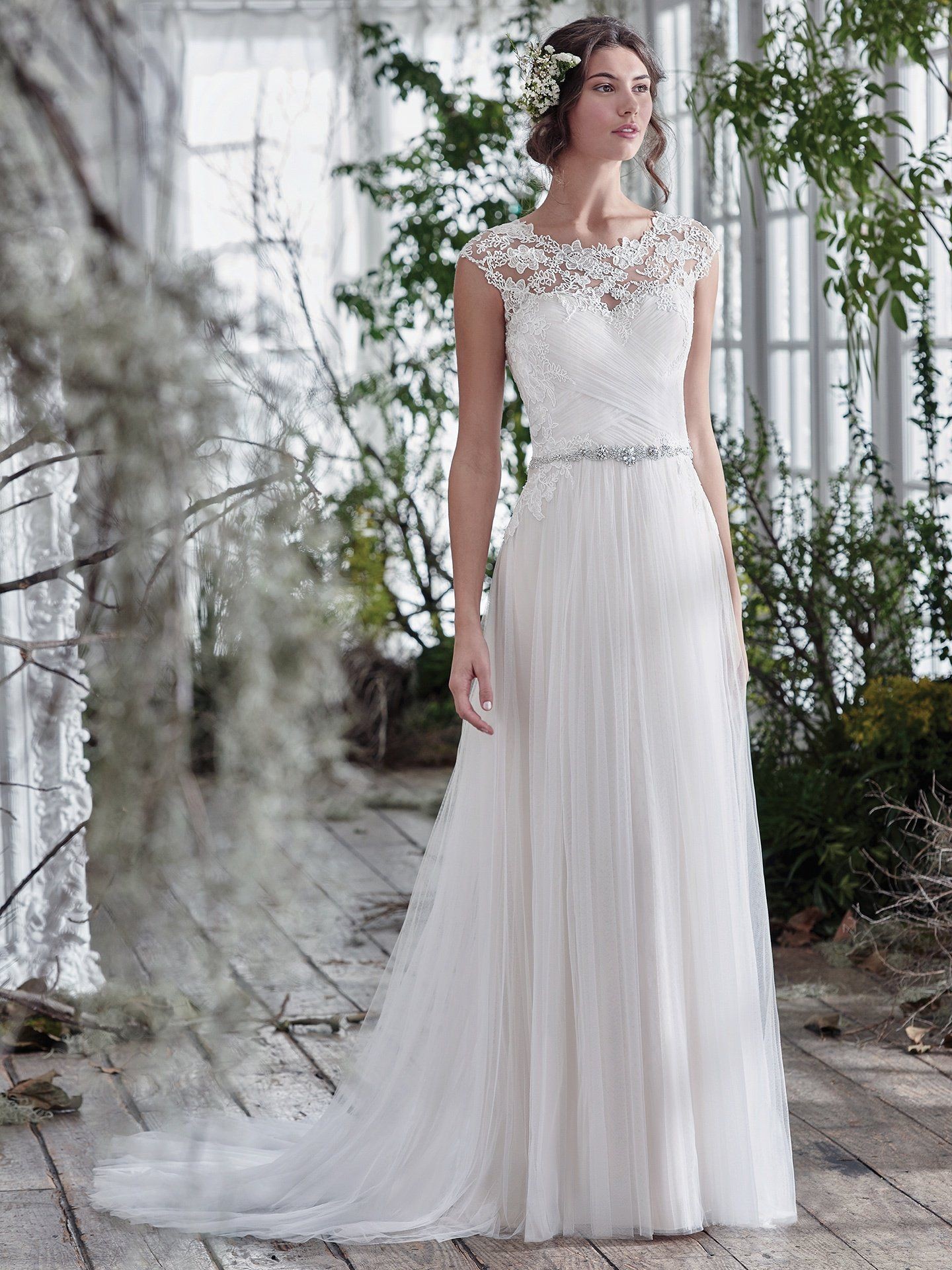 c9c315a3417 ... perfect wedding dress waiting to be discovered. Romantic ball gowns