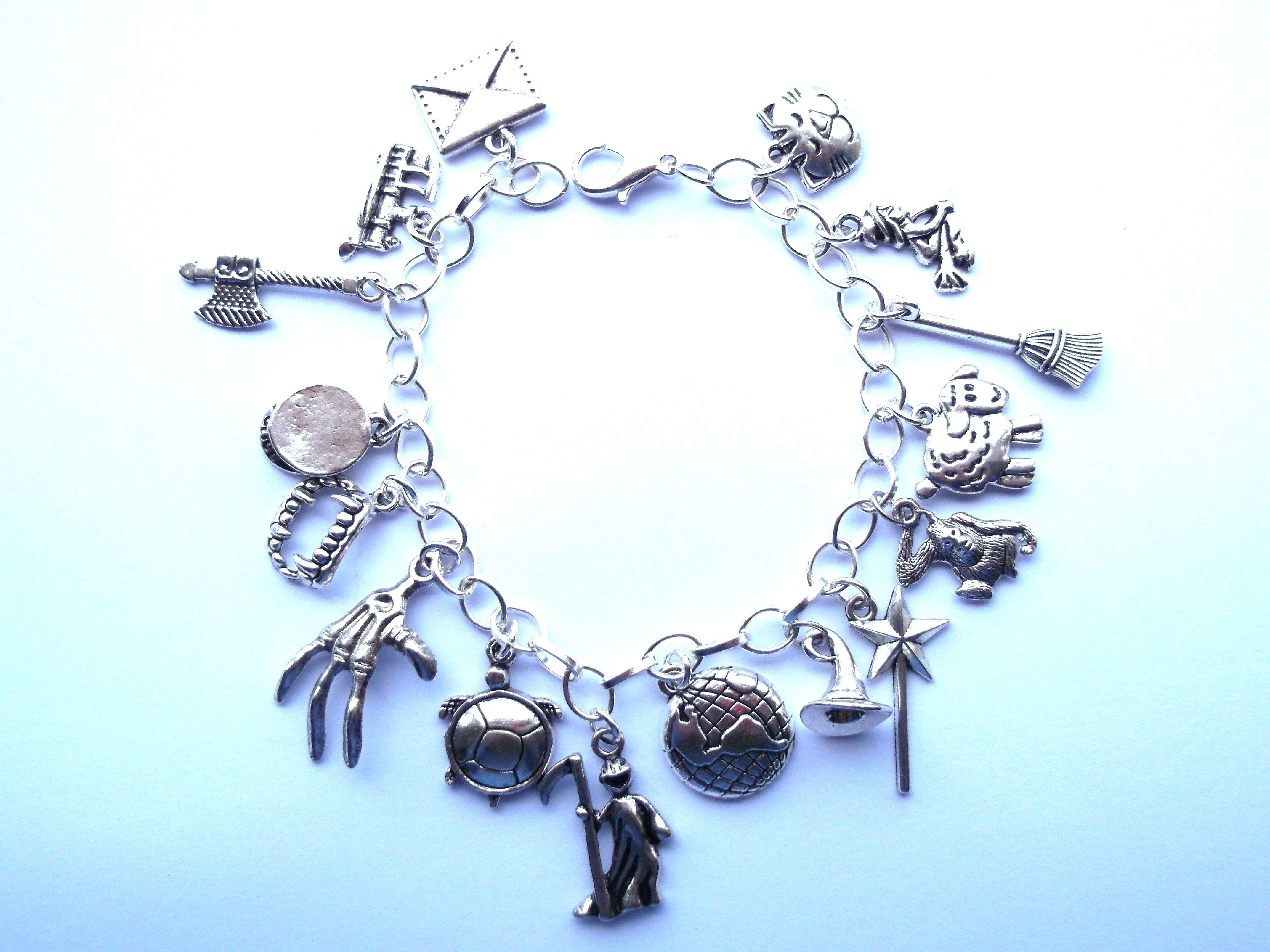 35 best charm bracelets images on pinterest charm bracelets