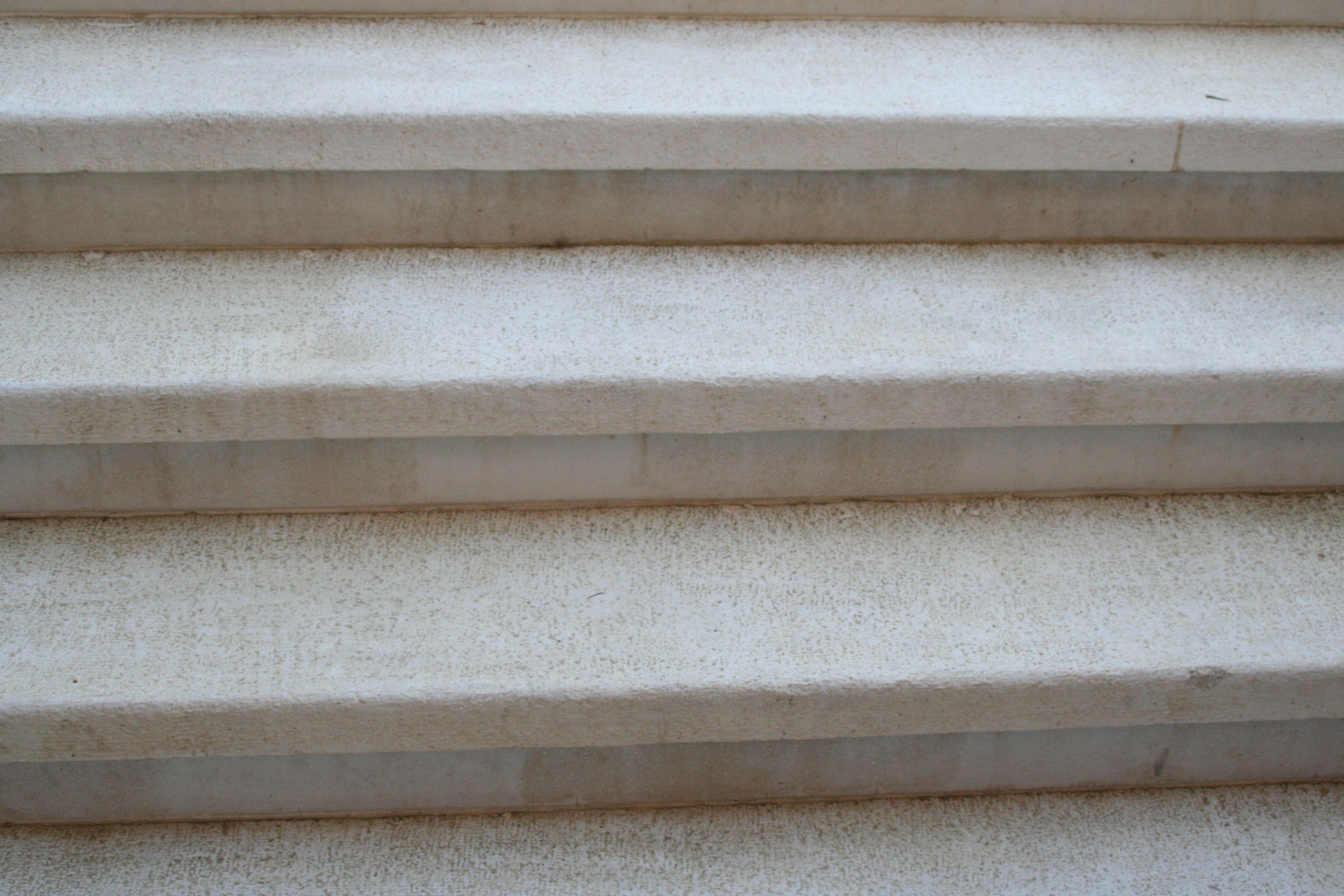 Marche Escalier Plate Aspect Grenaille Antiderapant En Pierre