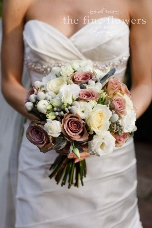 Winterwedding winterbouquet floratechnics weddinginspiration bridal bouquet with amnesia roses junglespirit Images