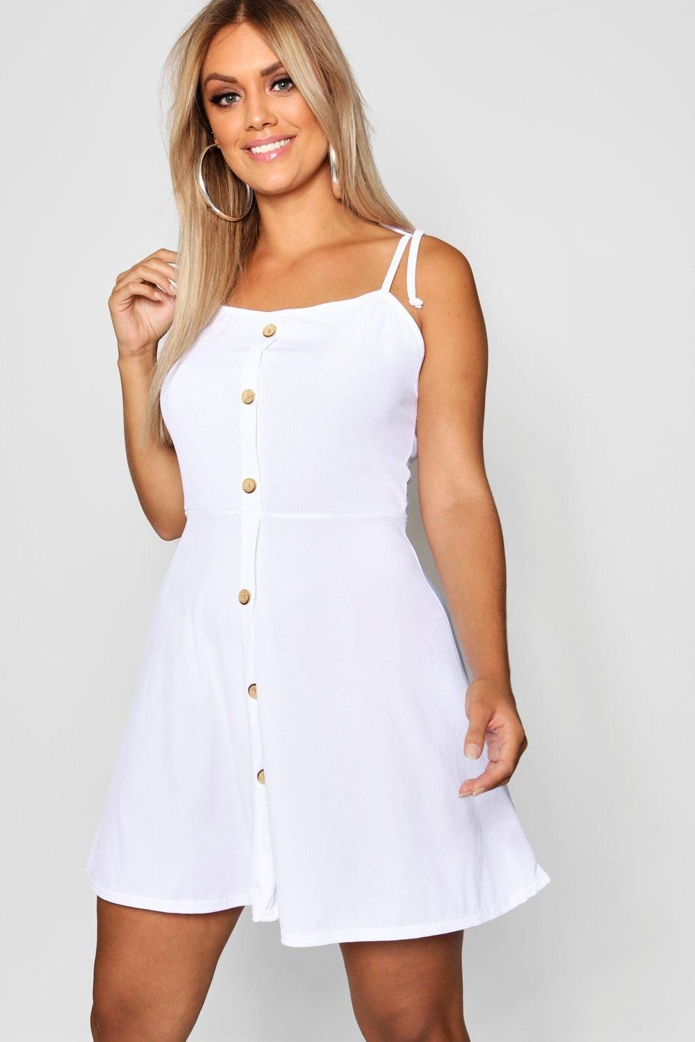 aee3ea2e14 Click here to find out about the Plus Button Down Tie Strap Skater Dress  from Boohoo