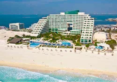 Live Aqua Beach Resort Cancun Is A Party Hotel For Grown Ups Live Aqua Cancun Live Aqua Cancun Resorts