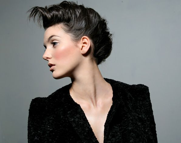Pin By Margo Argent On Hair Inspiration Mohawk Hairstyles For Girls Mohawk Hairstyles Short Hair Mohawk