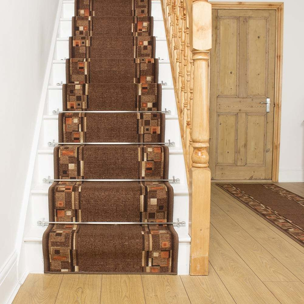 Best Bombay Brown Stair Carpet Runner For Narrow Staircase 640 x 480