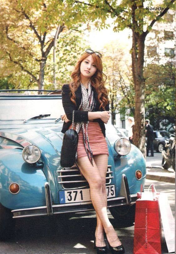 2cv femme hyoyeon pinterest car girls amazing cars et kpop girls. Black Bedroom Furniture Sets. Home Design Ideas