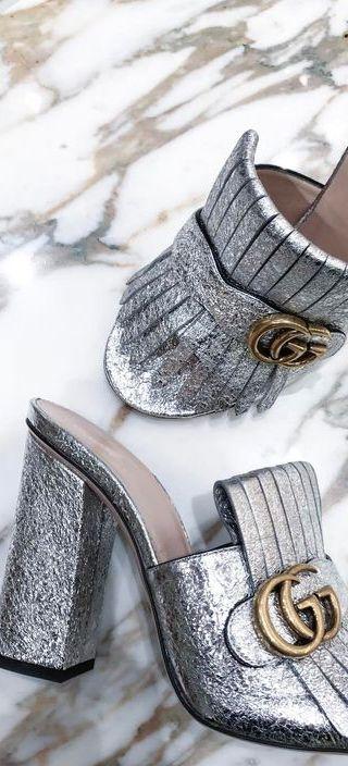 Gucci glitter slides   Scarpe