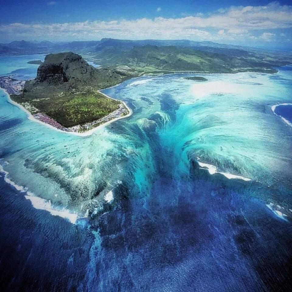 """Tag friends that would want to see this. Name: """"The Underwater Waterfall"""" Location: Mauritius ━━━━━━━━━━━━━━━━━━━ All week long we will be featuring the countries of Mauritius and Seychelles. Hashtag your best pictures taken in these countries with  with #luxwt or #luxuryworldtraveler for a chance to be featured ━━━━━━━━━━━━━━━━━━━ """"Dream Big, Eat Well & Travel On"""" ━━━━━━━━━━━━━━━━━━━"""