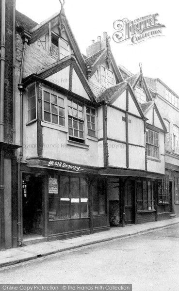 Worcester, Ye Old Deanery, Lich Street 1907