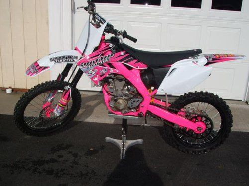 how 39 s this for a dirt bike too much pink hit the dirt. Black Bedroom Furniture Sets. Home Design Ideas