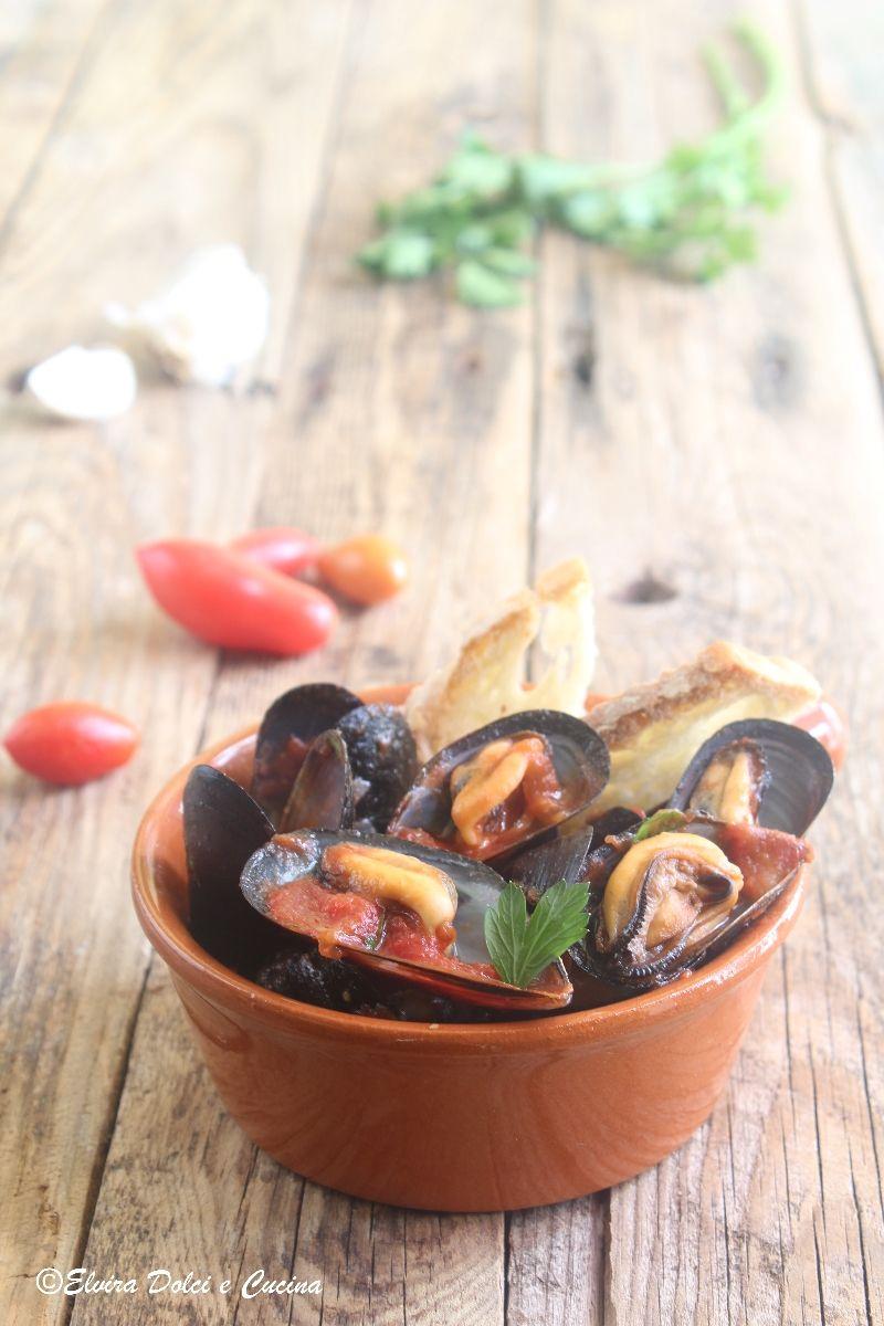 Zuppa Di Cozze Al Pomodoro Una Ricetta Della Tradizione Campana